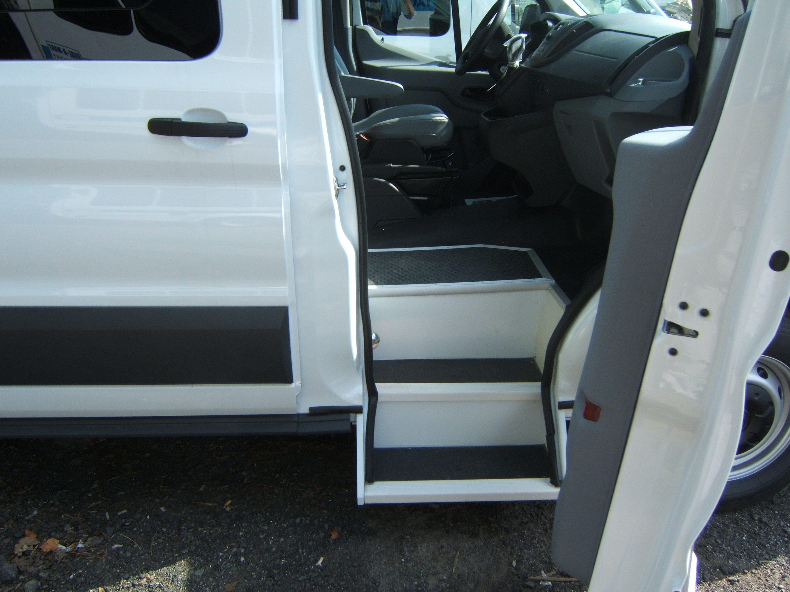 Steps For Buses : Steps for handicap vans pictures to pin on pinterest